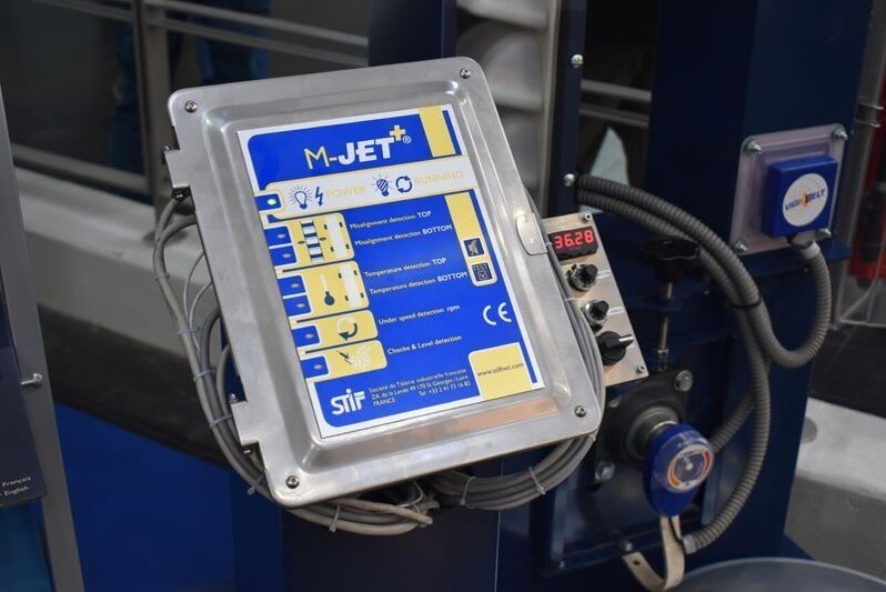 Control and safety of the elevator operation